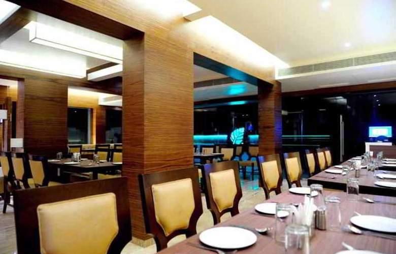 Royal Park Mumbai - Restaurant - 8