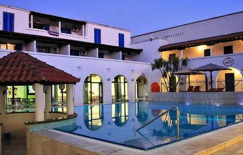 Aleksandar Hotel - Pool - 3
