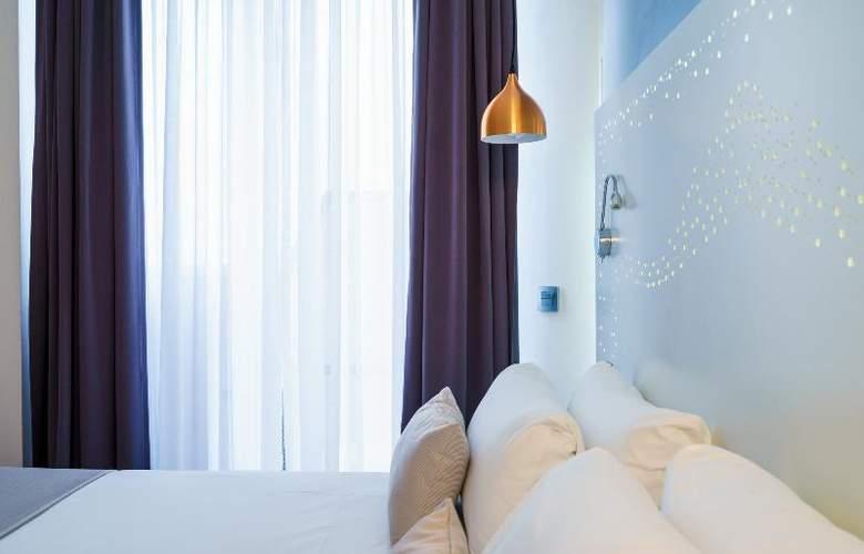 The Walt Madrid - Room - 13