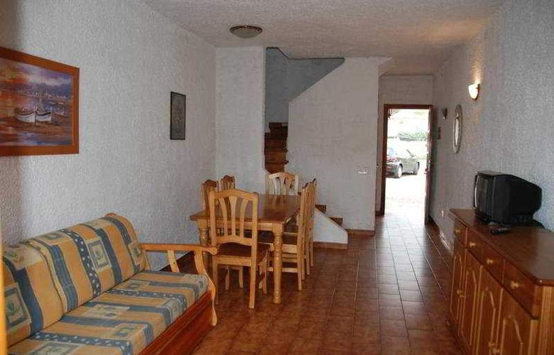El Pinar - Room - 4