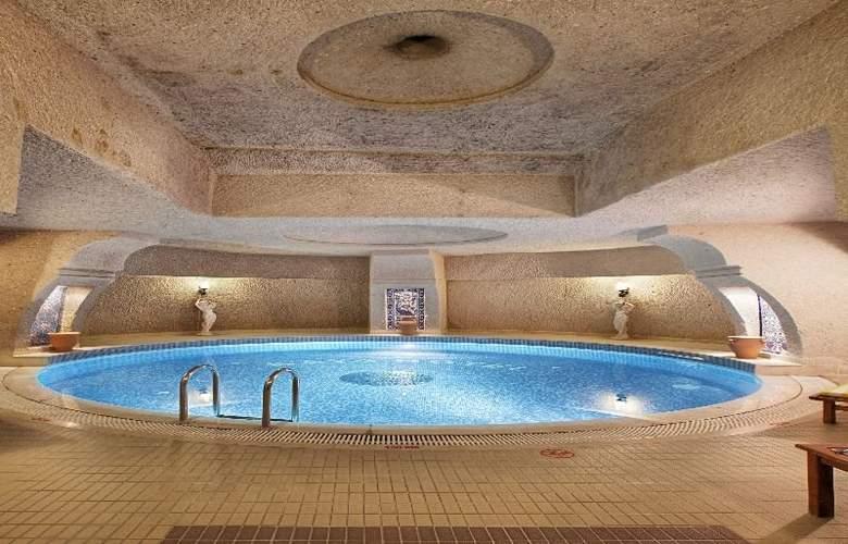Uchisar Kaya - Pool - 7