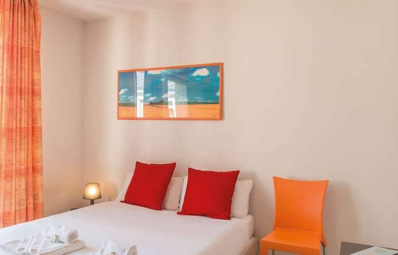 Park&Suites Appart'City Saint-Etienne Saint Priest en Jarez - Room - 2