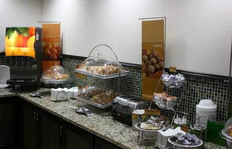 Hampton Inn Charleston-Airport/Coliseum - Hotel - 9
