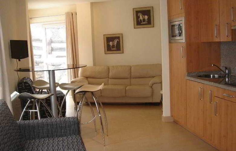 Nievemar Zona Media Alta - Room - 5