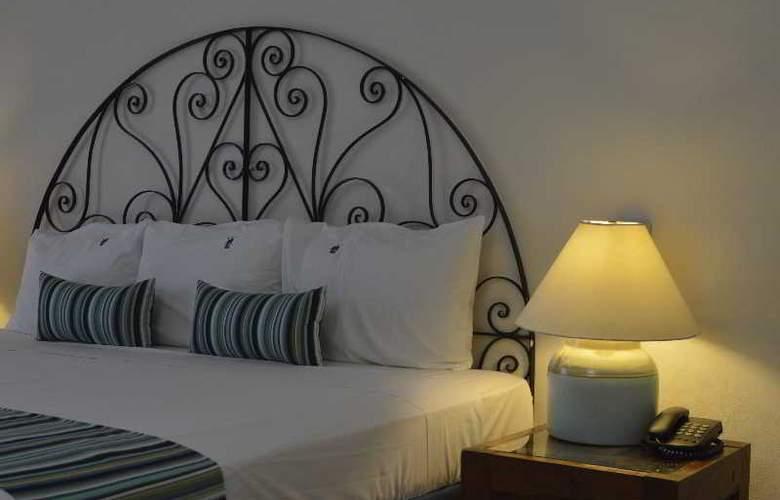 Puerto de Luna All Suites Hotel Bed & Breakfast - Room - 5