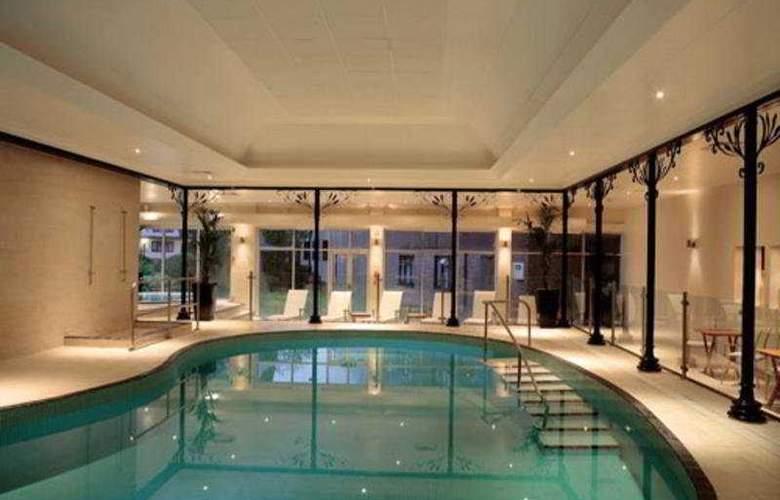 The Felbridge Hotel and Spa - Pool - 5