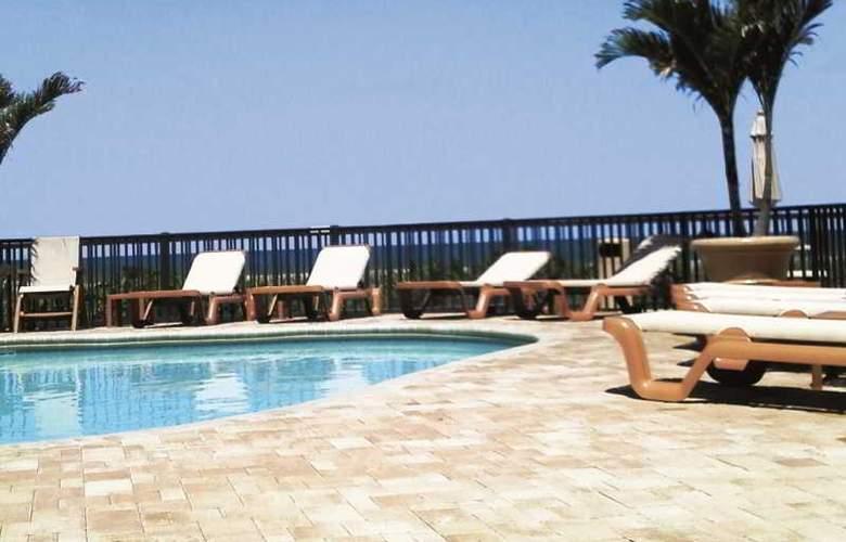Belleair Beach Club - Pool - 2