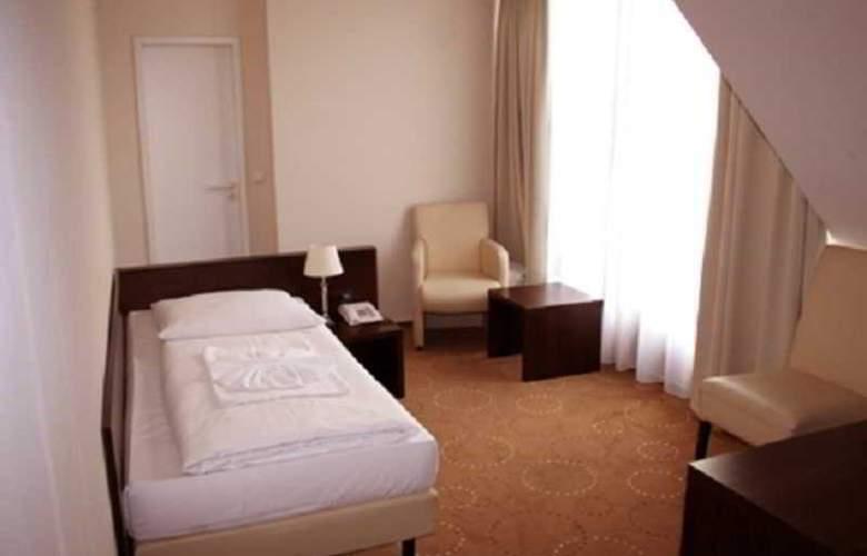 Olivaer - Room - 5