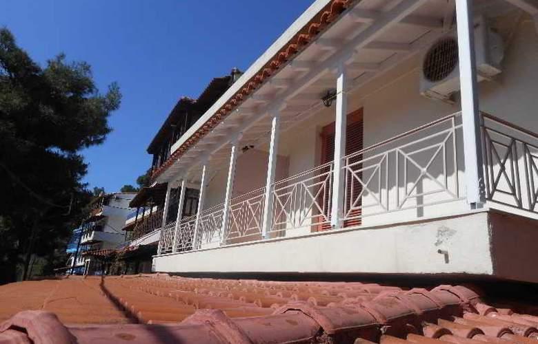 Galazios Kolpos Pension - Hotel - 15