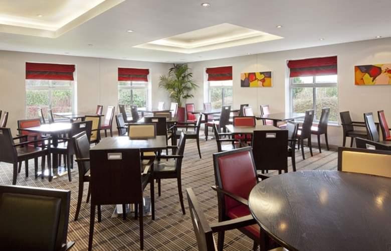 Holiday Inn Express Exeter - Restaurant - 11