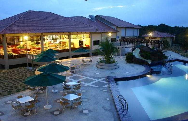 Merang Suria Resort - Pool - 6