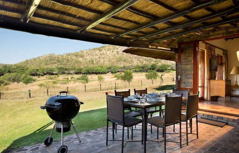 Bakubung Bush Lodge - Terrace - 10