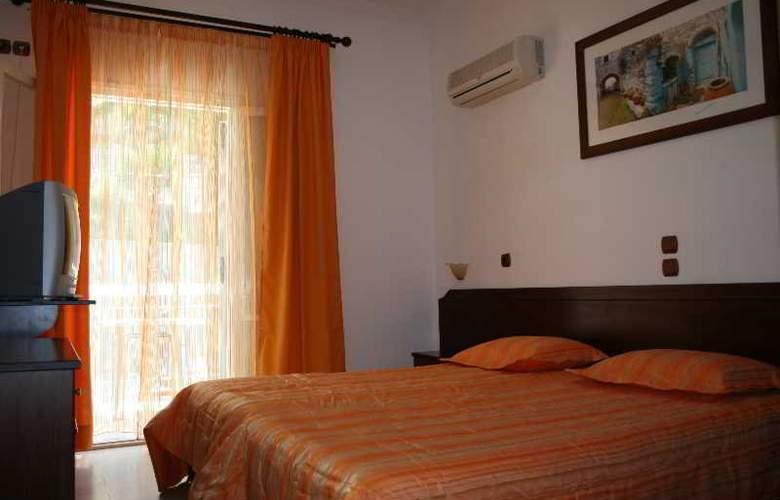 Marina Apartments & Studios - Room - 10