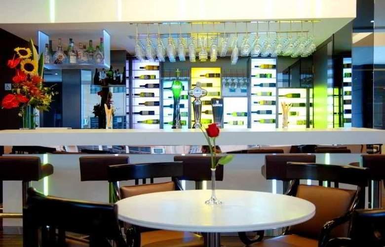 Stanford Hotel Hong Kong - Bar - 5