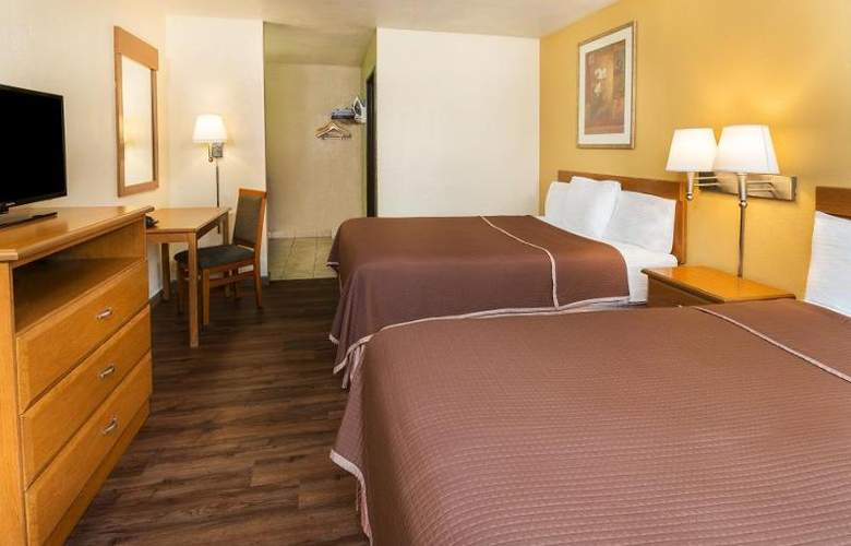 Howard Johnson Express Inn National City/San Diego - Room - 14