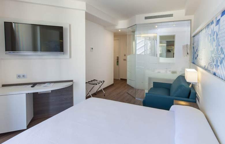 Port Benidorm - Room - 17