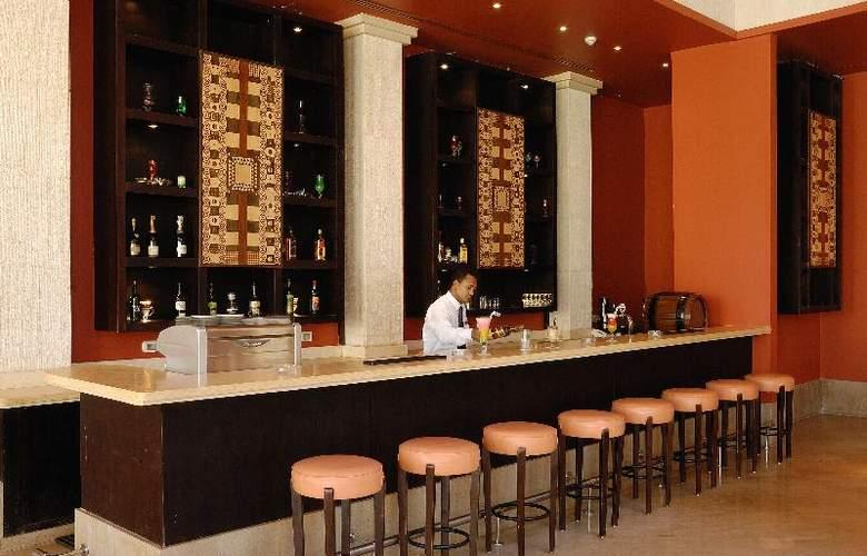 Grand Plaza Resort - Bar - 13