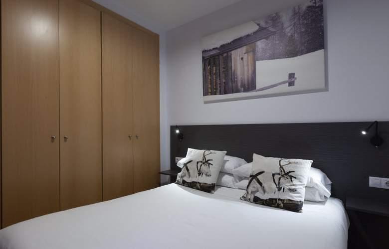 Apartamentos Segle XX - Room - 8