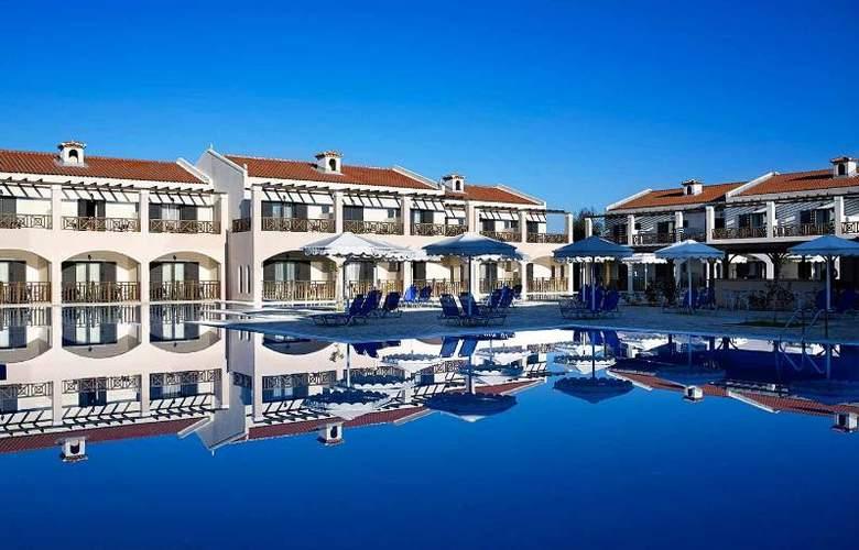 Mitsis Roda Beach Resort & Spa - Pool - 17