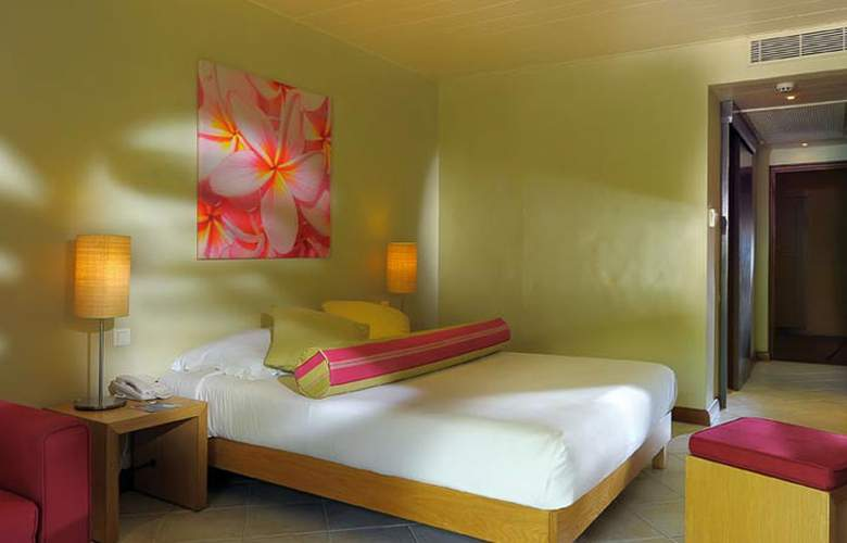 Mauricia Beachcomber Resort & Spa - Room - 11