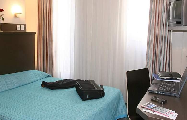 Amarys Simart - Room - 5