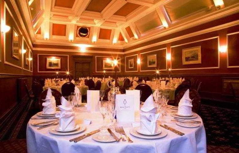 The Royal Scots Club - Restaurant - 10