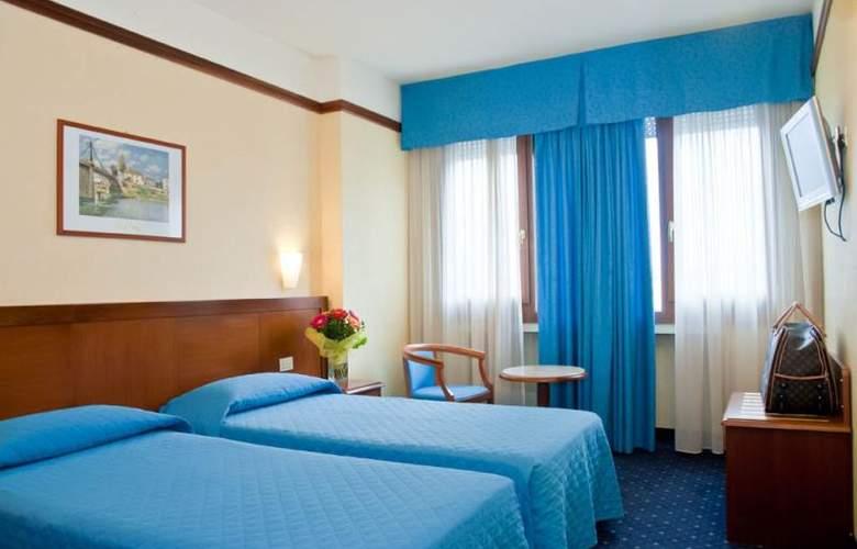 Raffaello - Room - 4