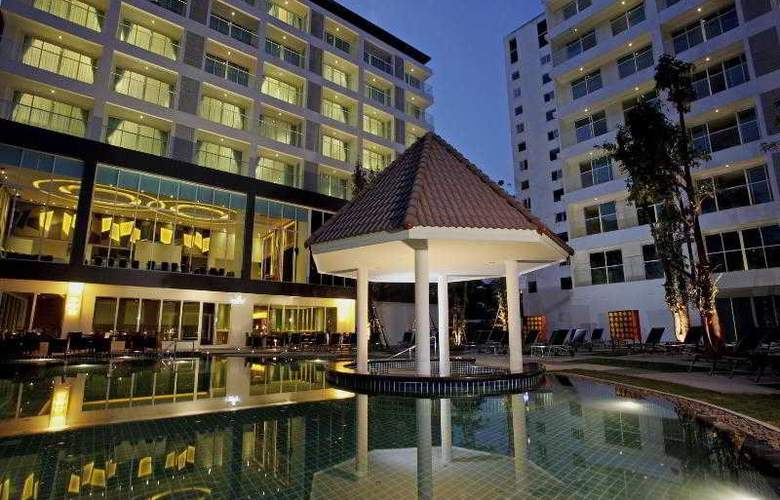 Centara Nova Hotel and Spa Pattaya - Pool - 18