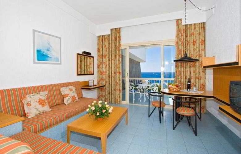 Suite Hotel Fariones Playa - Room - 3