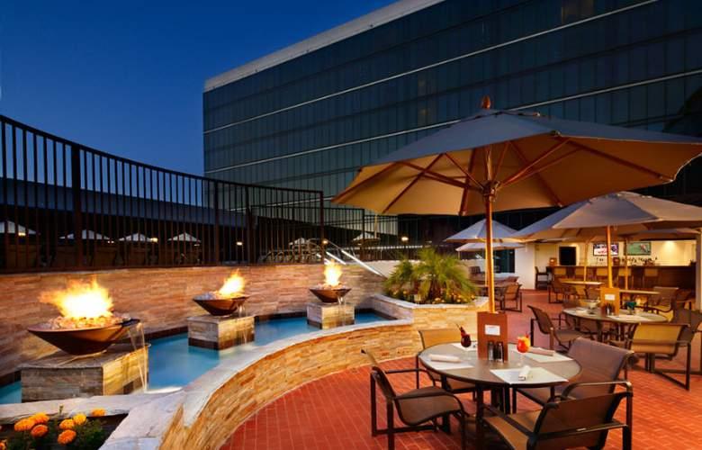 Hilton Anaheim - Terrace - 2