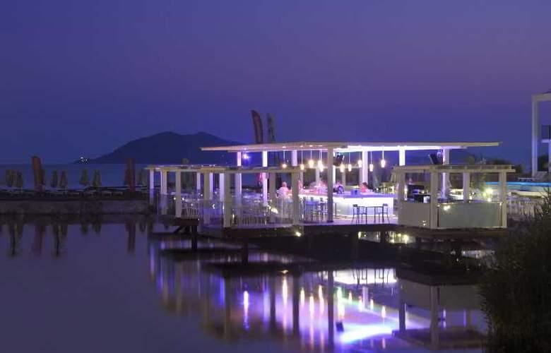 Jiva Beach Resort Fethiye - Bar - 20