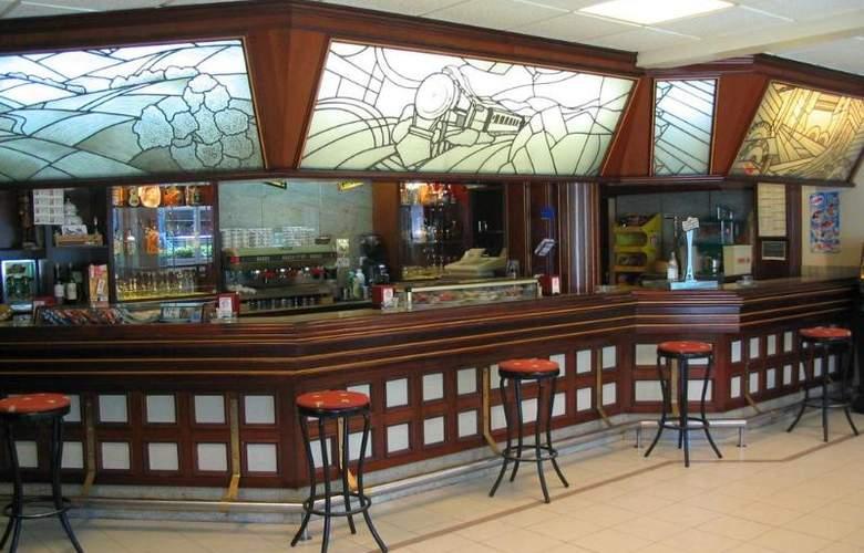Isabel - Bar - 8