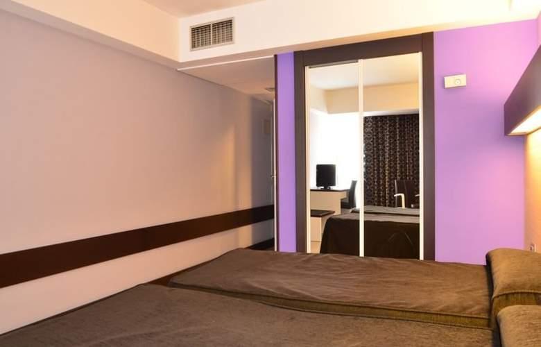 Ciudad de Logroño - Room - 8