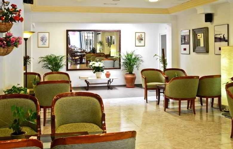 Amoros Hotel - Hotel - 9
