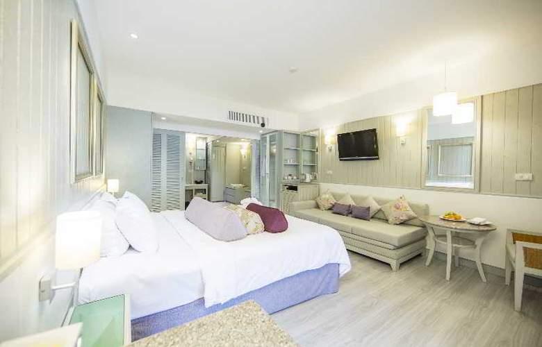 Katathani Phuket Beach Resort - Room - 5