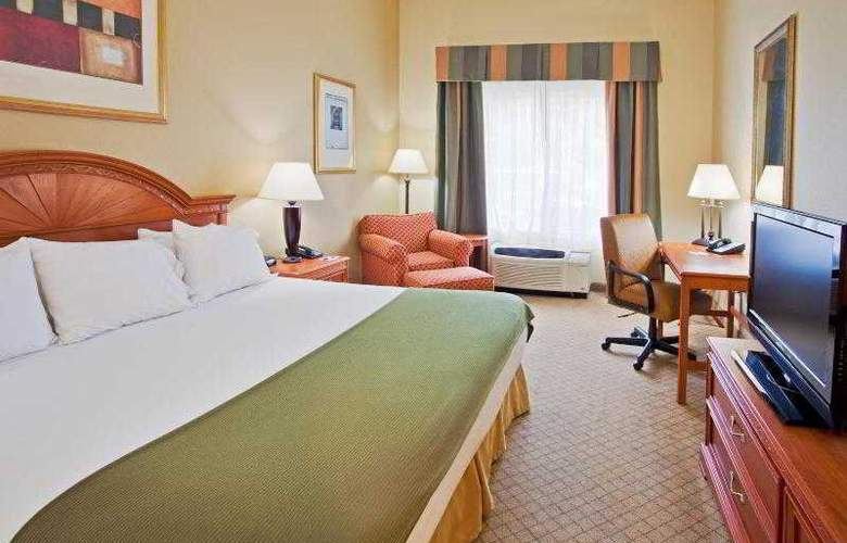 Holiday Inn Express & Suites Tampa - Hotel - 9