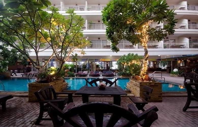 Sabai Wing - Hotel - 4