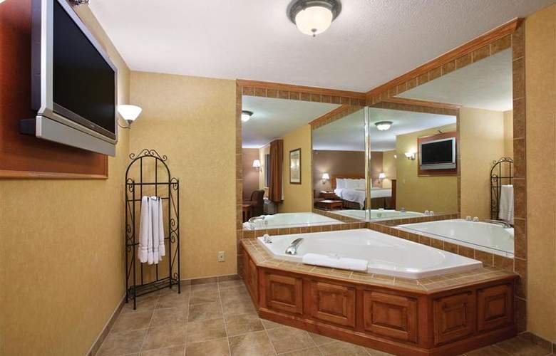 Best Western Plus North Canton Inn & Suites - Room - 52