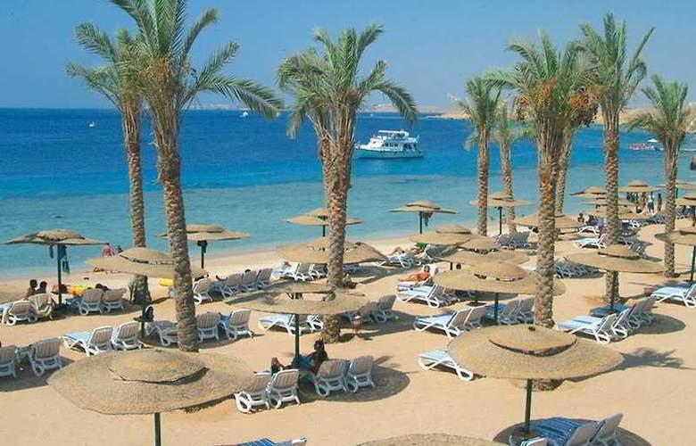 Continental Plaza Beach Resort ex Interplaza Hotel - Beach - 4