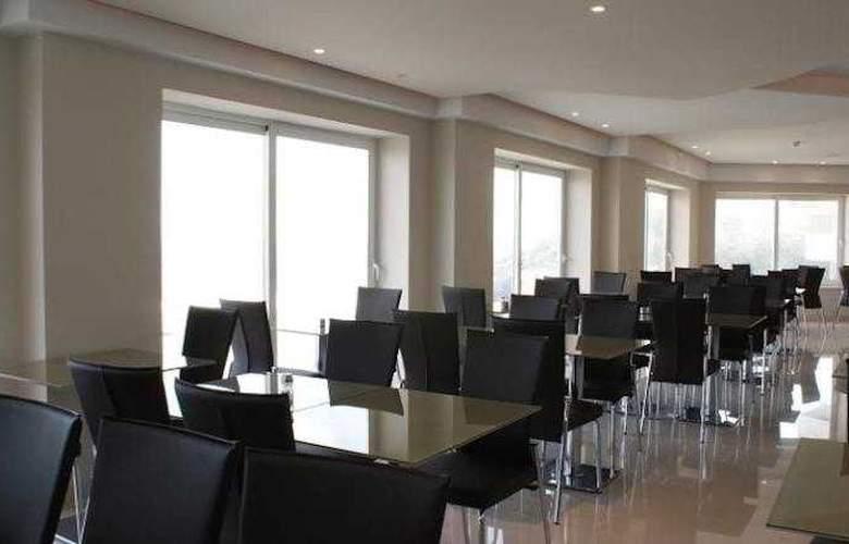 Panorama - Hotel - 6