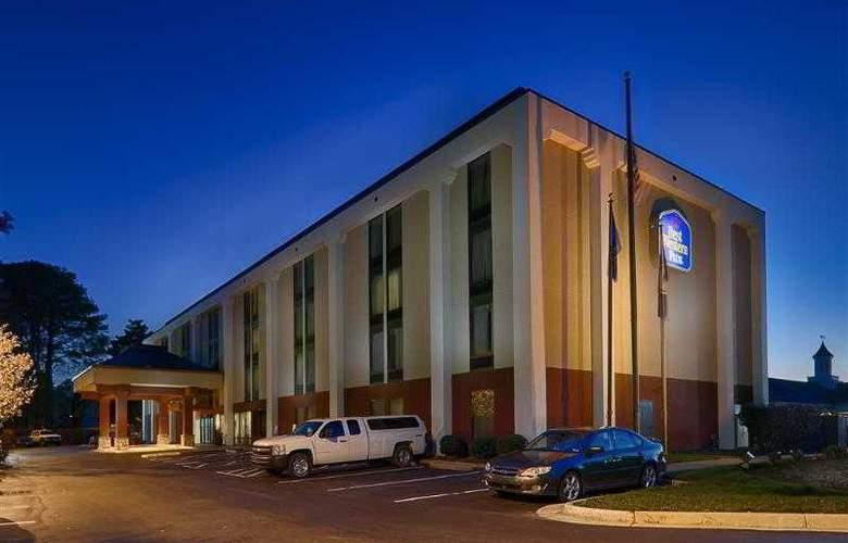 Best Western Plus Portsmouth-Chesapeake - Hotel - 18