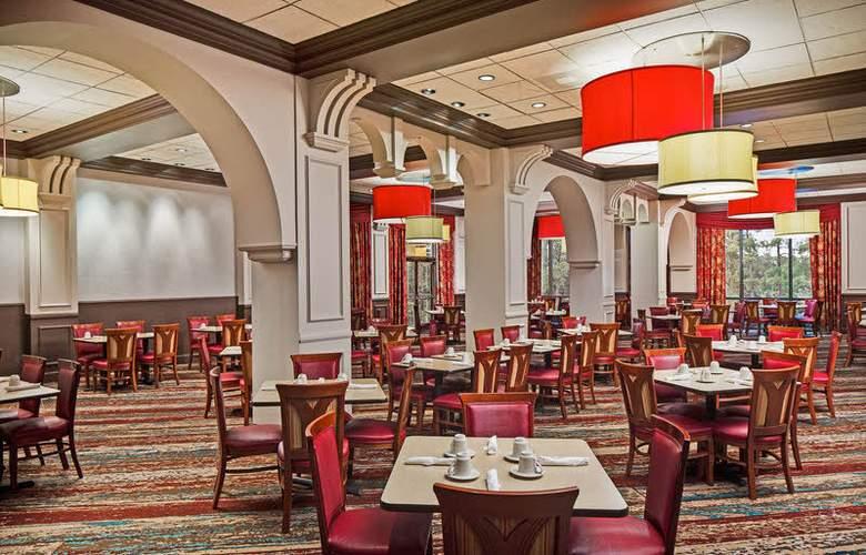 Wyndham Garden Lake Buena Vista Disney Springs Resort Area - Restaurant - 6