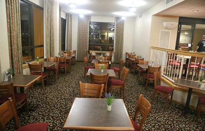 Baymont by Wyndham Amarillo East - Meals - 12