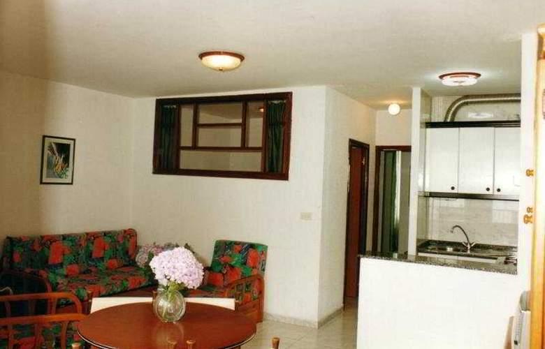 Sarga Sentirgalicia Apartmentos - Room - 3