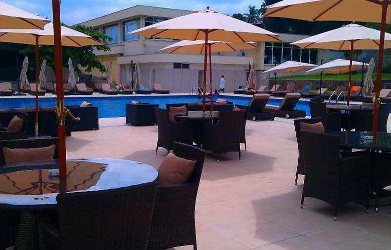 Pullman Kinshasa Grand Hotel - Terrace - 25
