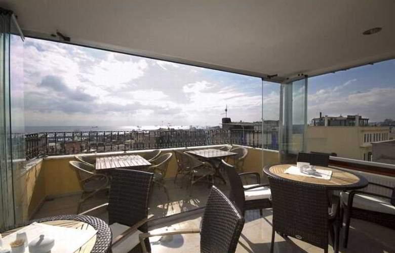 Elfida Suites Hotel - Terrace - 2