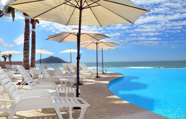 Crowne Plaza Resort Mazatlan - Pool - 7