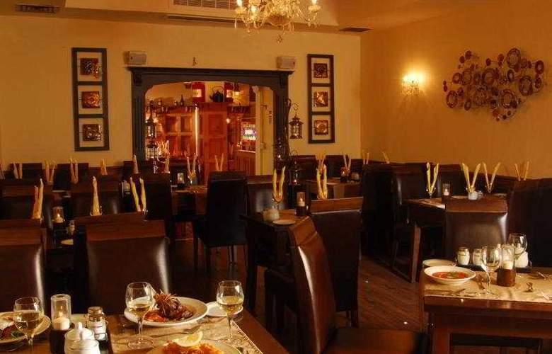 Treacys Hotel Spa & Leisure Club Waterford - Restaurant - 7