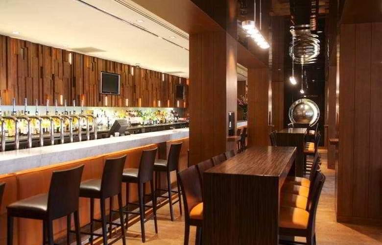 Clayton Chiswick - Bar - 2