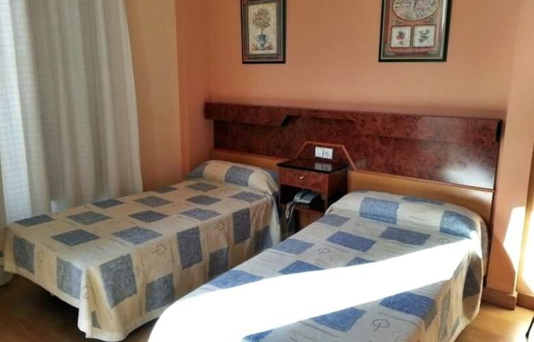 Castilla - Room - 2